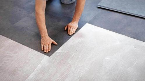 Pose de revêtement de sol PVC