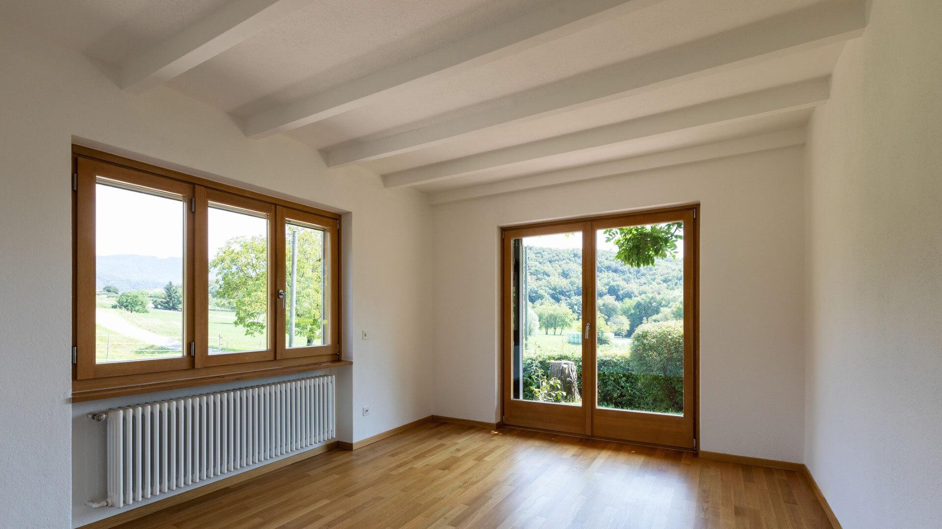 Fourniture et pose de porte-fenêtre en bois