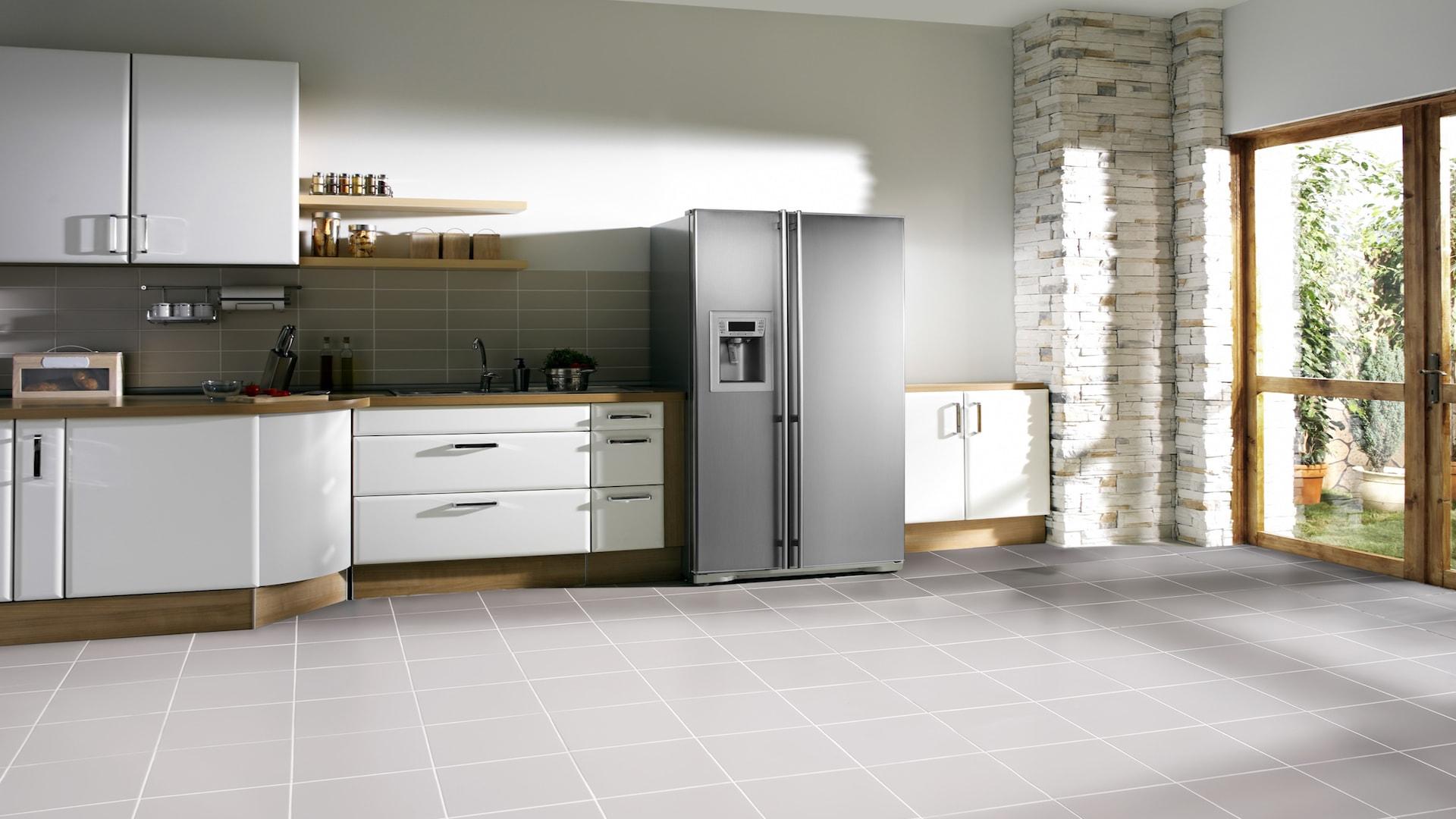 Installation d'un réfrigérateur américain
