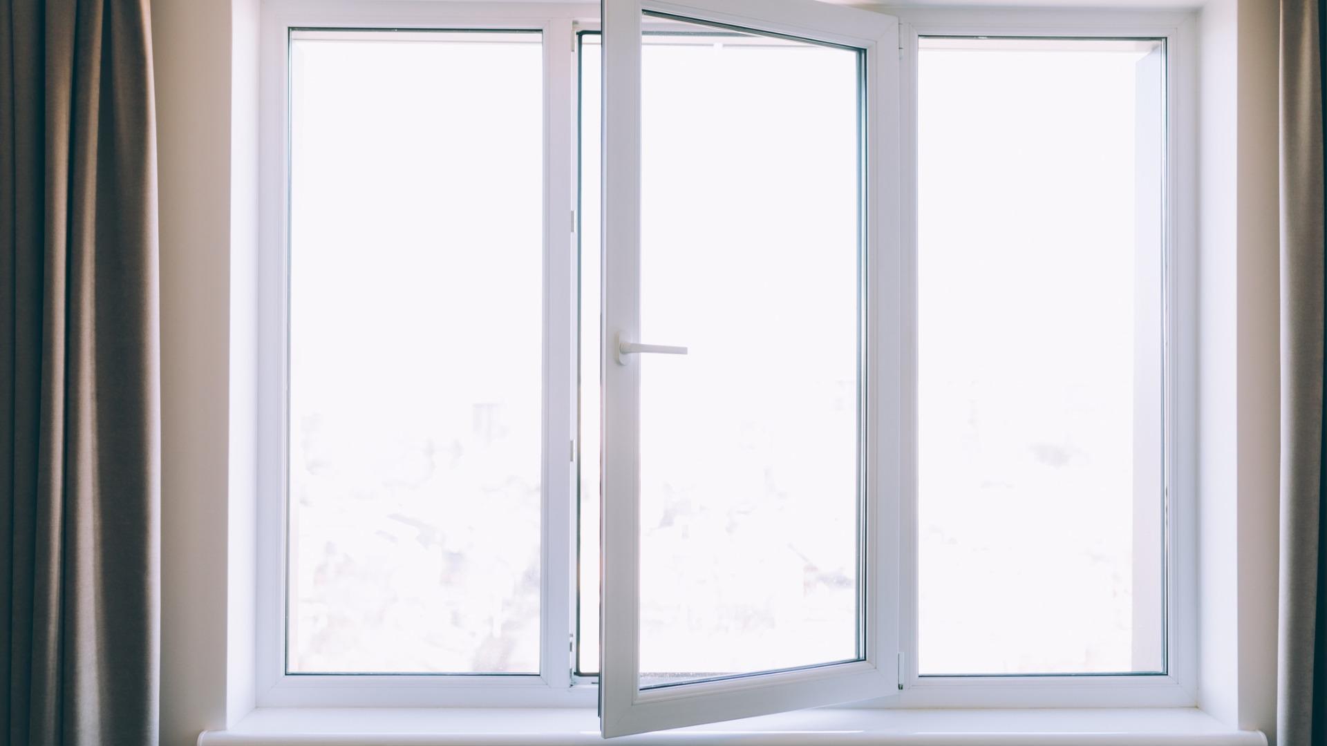 Fourniture et pose de fenêtre en PVC