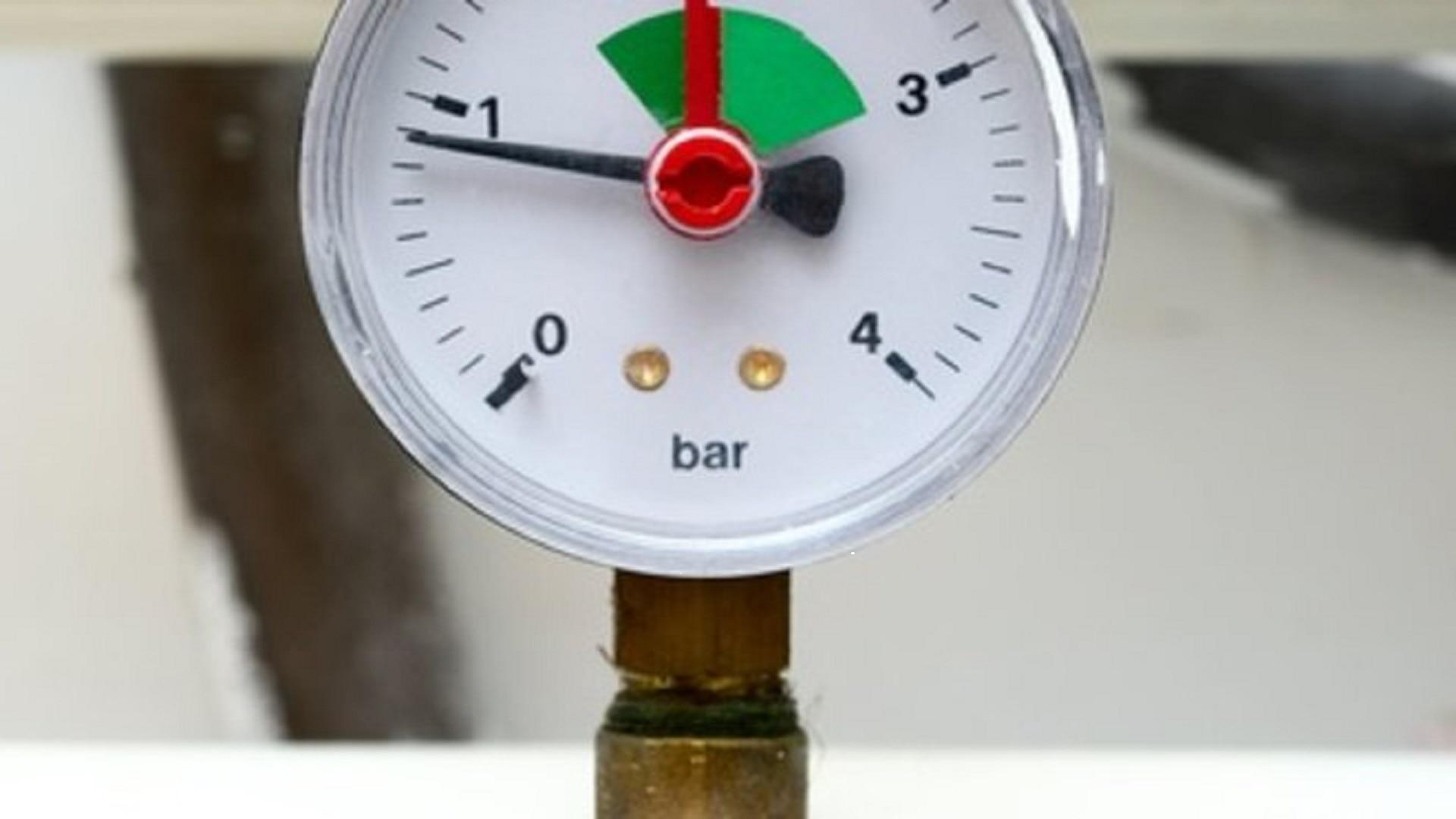 Pose réducteur de pression d'eau